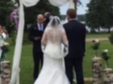 Ilmoitus: Lovely wedding dress