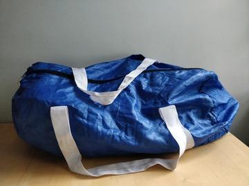 Myydään: Sports bag
