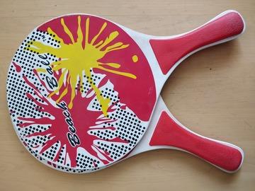 Myydään: Beach rackets + ball
