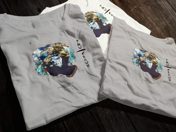 "Selling with online payment: The Milky Way ""Crown"" Original Tee"