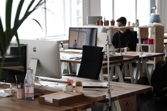 Hourly/daily rate: Modern and Bright Office Space