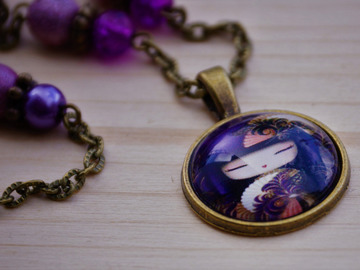 "Sale retail: Collier ""geisha violette"""