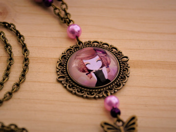 "Sale retail: Collier ""princesse rose"""