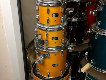 Selling with online payment: Reduced Legend 5 pc. bebop set in honey maple finish - rare sizes