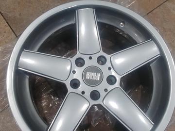 Selling: 18x8.5 | 5x120 | Rare RH xrad wheels for sale