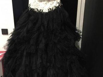 Ilmoitus: The dress Ursa häähame