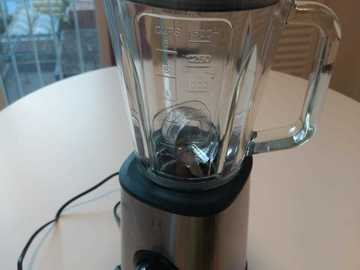 Selling: Mixer 1,5 L 2 years warranty, 3 months of use