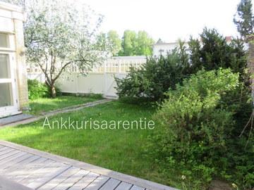 Annetaan vuokralle: Valoisa ja avara kolmio (89,5m²)+102m² piha, Espoo/Westend
