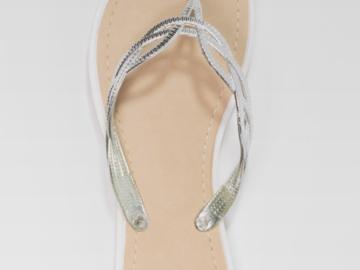 Myydään: Selling brand new summer slippers