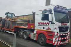 Hourly Equipment Rental: MAN Tractor Unit and Tri Axle Low Loader 44t GVW