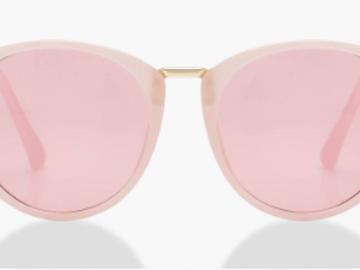 Myydään: Pink pastel sunglasses