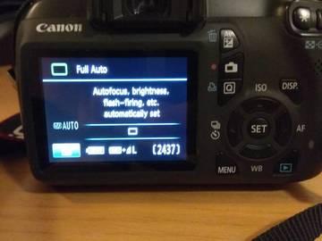Myydään: Canon 1100D