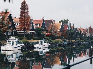 Offering: The Amstel River and Ouderkerk aan de Amstel