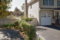 Daily Rentals: Merrick NY,  Safe Driveway Parking on Gormley Ave