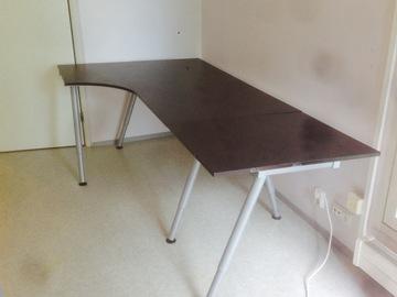 Myydään: Gaming / work desk