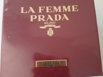 Venta: La femme Prada intense 50 ml
