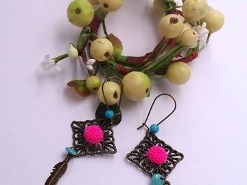 Vente au détail: Boucles d'oreilles cabochon fleur, laiton, acrylique, verre