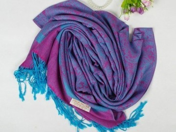 Venta: NEW 50 FALL & WINTER WRAPS/SCARVES/INFINITY CLOSEOUT PRICES!
