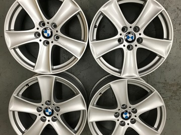 Selling: 18x8.5 | 5x120 | OEM BMW X5 wheels for sale