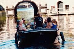 Rent per 1,5 hour: Amsterdam Boat Adventures - max 12 people