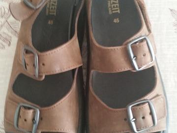 Myydään: brand new leather sandals, size 45