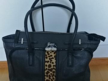 Myydään: Guess handbag
