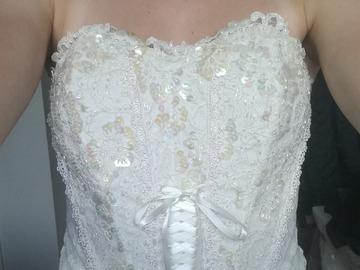 Myydään: White Corset top with a zipper