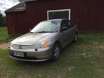 Myydään: Car