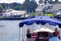Rent per 2 hours: Deluxe Duffy Electric Boat Virginia - Max. 10 people