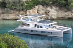 Rent per hour: Silent Yachts