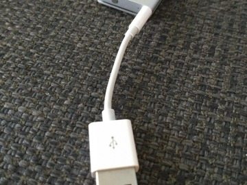 Myydään: iPod Shuffle 4th gen 2GB silver