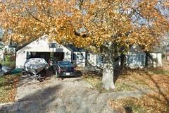 Daily Rentals: Lake Geneva WI, Convenient Parking Close to Lake and Main St
