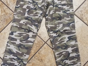 Selling: Rothco tactical pants