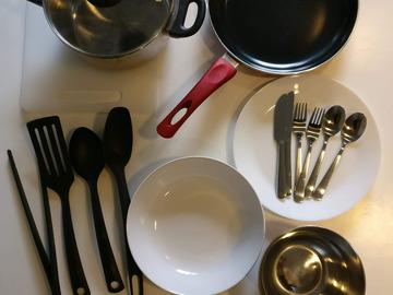 Myydään: Kitchenware