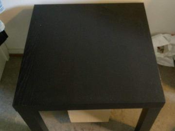 Myydään: Small side table