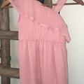 Ilmoitus: 122/128 tyttöjen blush väriset mekot