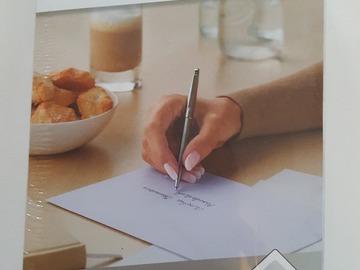 Ilmoitus: Pieniä valkoisia kirjekuoria