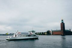 Rent per 2 hours: Ekocharter sthlm - Max. 98 people