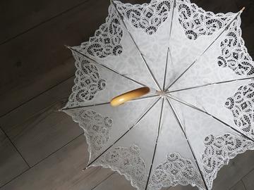 Ilmoitus: Kaunis pitsinen päivänvarjo