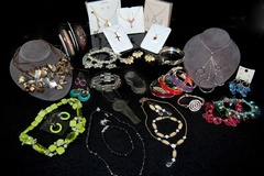 Buy Now: $2500 Retail Wholesale Jewelry Assortment-- 200 pcs minimum