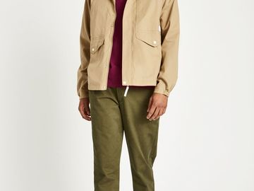 Myydään: Jack Wills light jacket (brand new with price tag)