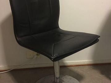 Myydään: chair