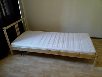 Myydään: Single bed 100*200 + Mattress