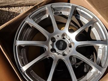 Selling: VMR v701 19x8.5 et35
