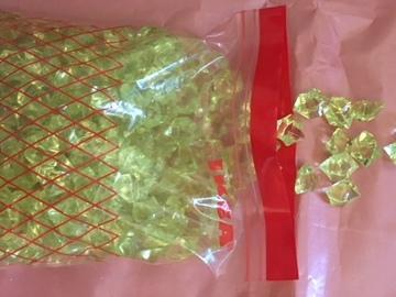 Ilmoitus: Vaaleanvihreät tekotimantit