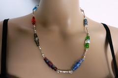 Vente au détail: ELLEN, parure collier et boucles d'oreilles en cristal .