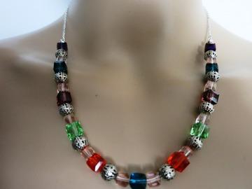 Sale retail: ELLYN, «Éclat du soleil ...» Parure en perles de cristal.