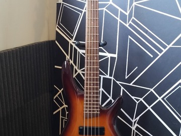 Renting out: Ibanez Soundgear SR375 5-String Bass