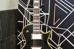 Renting out: Chinese ESP EC-1000 Copy Highly Modified Guitar