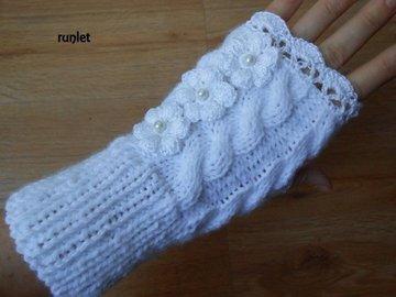 Vente au détail: mitaines femme blanche en laine torsades tricotés avec dente